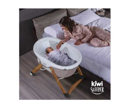 Kiwi Sleeper All İn One Naturel Ahşap Sallanabilen Katlanır Tekerli Bebek Beşiği Yaprak Desenli Bordo